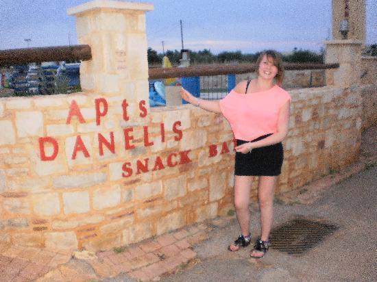 Danelis Apartments: My Friend Out The Front :]