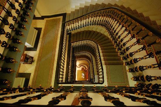 Hotel Avenida Palace: stairs