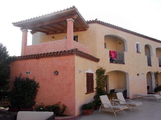 Hotel Monti di Mola: Our room.