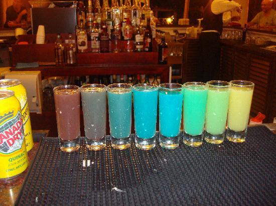 Hotel Riu Vallarta: Rainbow shots