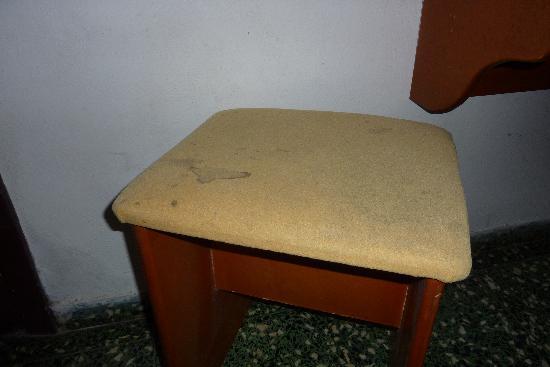 Hotel Islazul Moron : Silla sucia