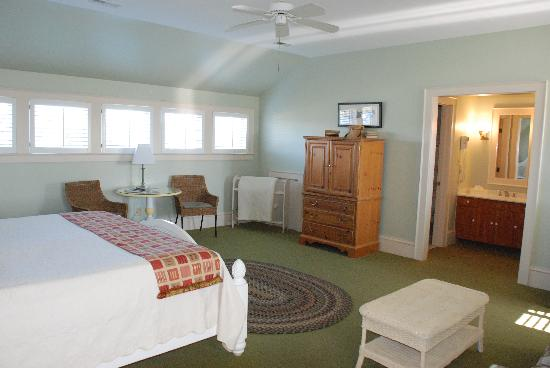 Tranquil House Inn: Room #32