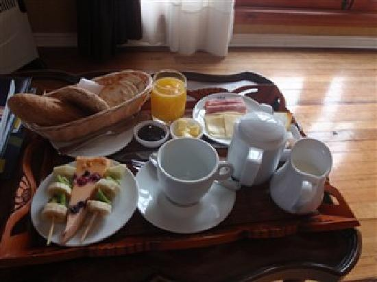 Hotel Manoir Atkinson: breakfast