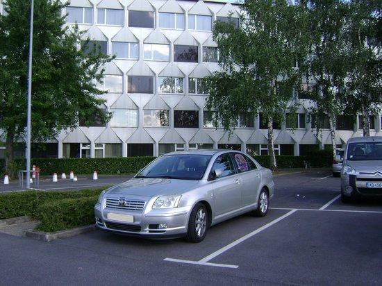 Novotel Paris Creteil Le Lac : El parking privado del hotel.
