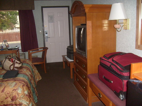 Ramada Inn: nice comfy area for 2 lap tops