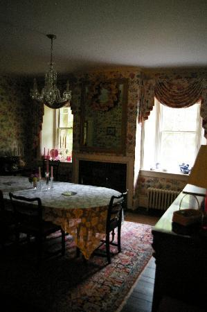 The Richards : The Breakfast Room