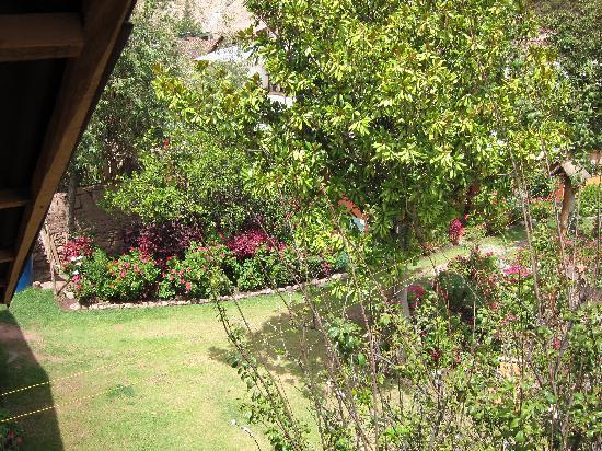 Hospedaje Los Jardines: Gardens