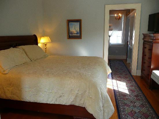 Compass Rose Inn: Room 3