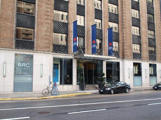 Wine glasses picture of arc the hotel ottawa tripadvisor for Hotel boutique ottawa