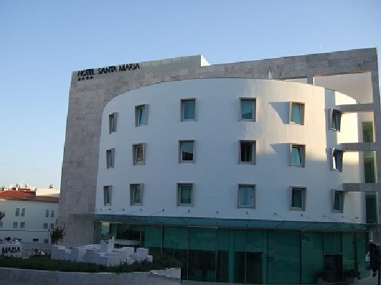 هوتل سانتا ماريا: Entrance
