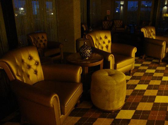 Hilton Dalaman Sarigerme Resort & Spa: Whiskey Bar - but expensive not in all-inclusive