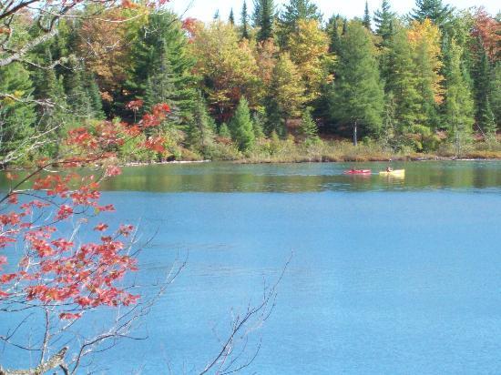 Halfway Lake Cottages: Kayaking on Halfway Lake