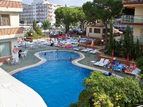 H·TOP Royal Sun : la piscine