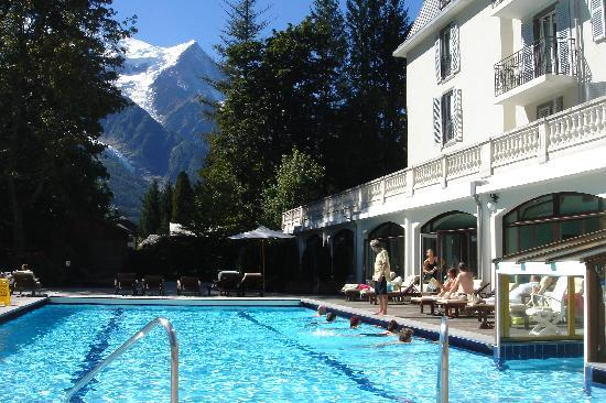 Pool mit panoramablick picture of club med chamonix mont for Chamonix piscine