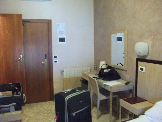 Hotel Nuova Sabrina: ROOM 120
