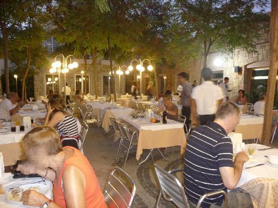 Hotel Marmara Mandarin: Terrasse restaurant