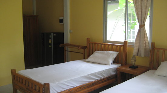 Privacy Resort Koh Chang: Minibar und Kaffe Ecke