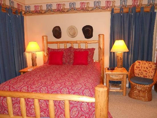Blue Heron Inn: The bunkhouse Room