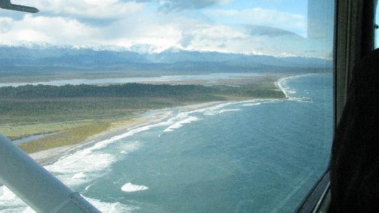 Canterbury Aviation Charter Flights: View along Tasman Sea coast