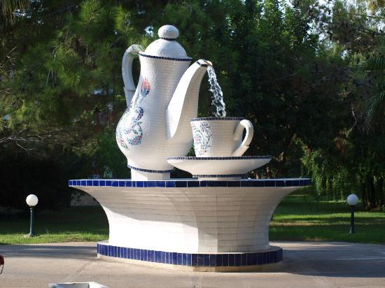 Ali Bey Club Manavgat: one of the giant teacups