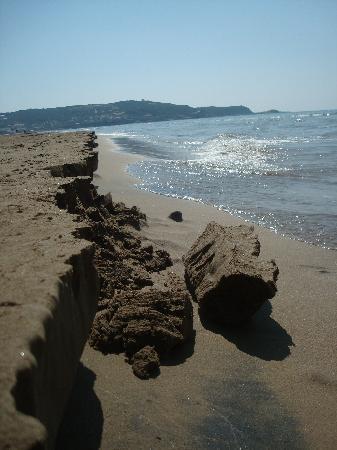 Thomas Bay: local beach-nearest to hotel