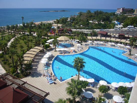Saphir Resort & Spa: panorama from our balcony