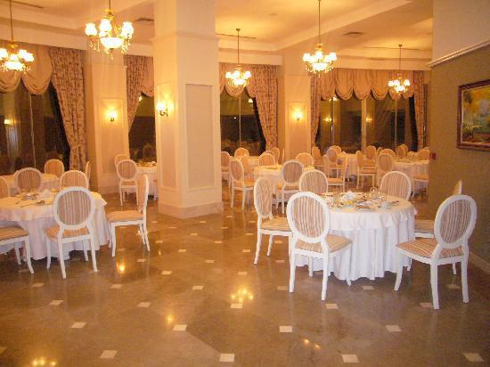 Saphir Resort & Spa: restaurant