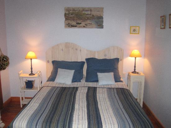 Gite l'Escale du Nord: Nantes Bedroom