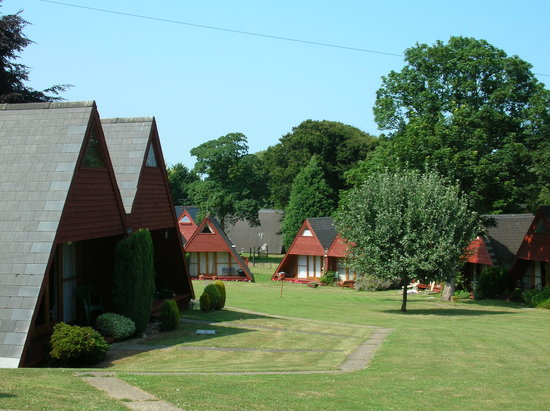 Kingsdown Holiday Park: Front of Chalet