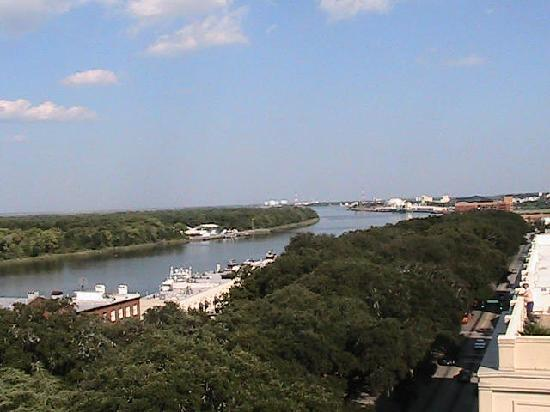 Holiday Inn Express Savannah - Historic District: View from Rooftop