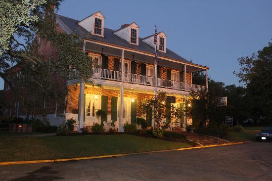 Saint Martinville, LA: The Old Castillo Hotel