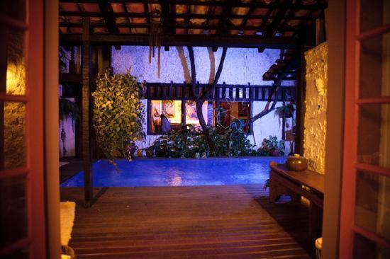 Pousada Arte Urquijo: pool