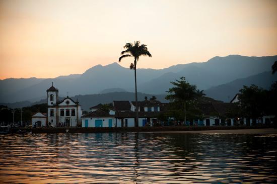 Pousada Arte Urquijo: boat trip