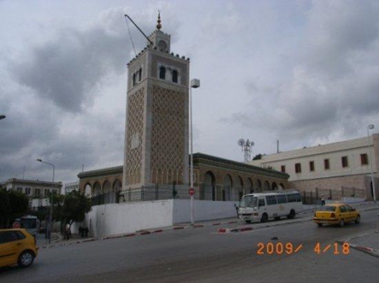 Mosque Kasbah : 砂岩作りのカスバモスク