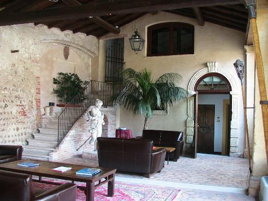 Hotel Villa Del Quar: Aufenthaltsraum