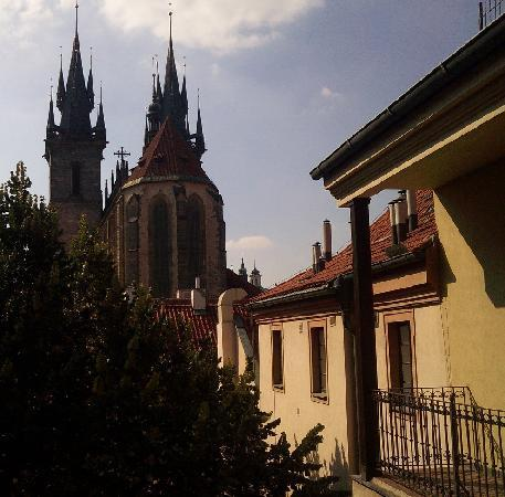 Royal Residence Ungelt: Great view of cathedral from balcony