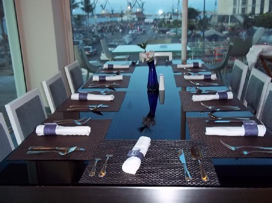 Emporio Veracruz: non ci sono definizioni per questo tavolo,sublime...