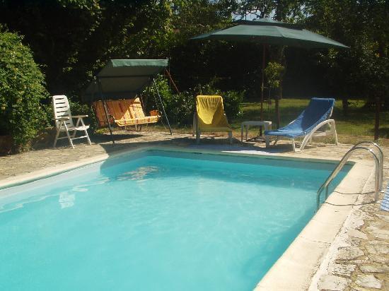 Claddagh Cottage: piscine
