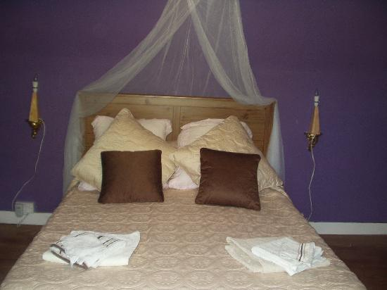Claddagh Cottage: chambre