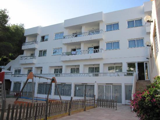 El Pinar Aparthotel: Vistas del Aparthotel des de fuera.