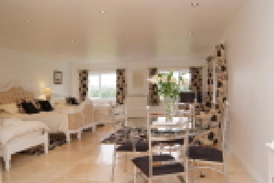 Denham House: Greenbank Family Room
