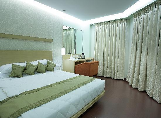 Oyo 9542 Near Sindhi Camp Bus Stand Updated 2018 Hotel Reviews