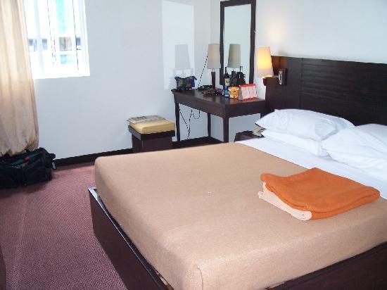 Imperial Hotel: Bedroom