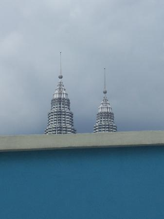 Imperial Hotel: Petronas Towers from our window