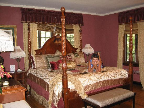 Sobotta Manor Bed & Breakfast: Our room!