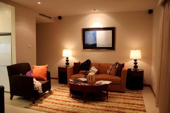 Oakwood Residence Shanghai: a nice couch