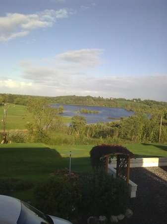 Milltown, Irland: View from bedroom window