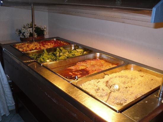 Hotel Almiros Beach: le somptueux buffet mdr