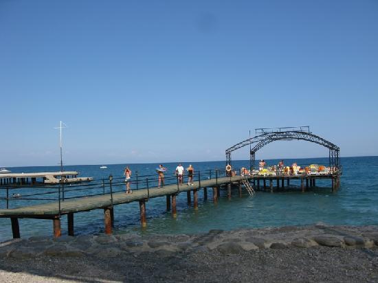 Grand Ring: Pier
