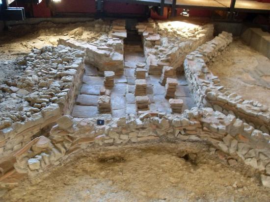 Fishbourne Roman Palace: fishbourne